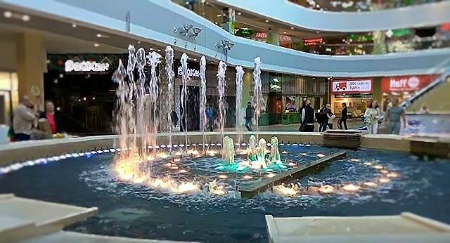 Поющий фонтан, Сочи, торговый центр МореМолл