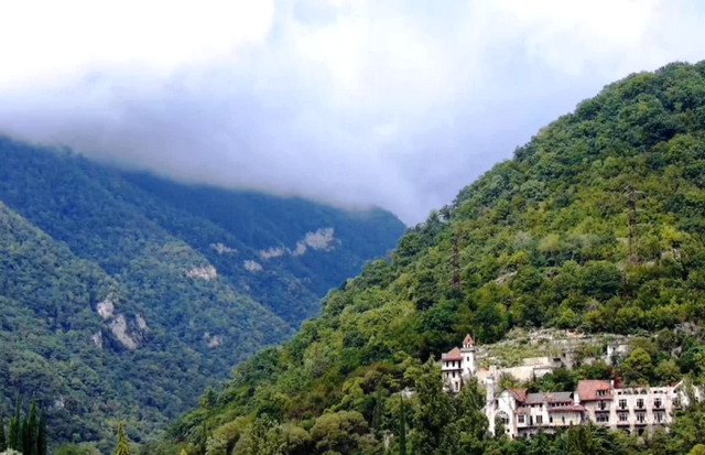 Абхазия замок принца Ольденбургского